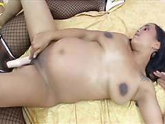PREGNANT BRUNETTE PLAYS LESBIAN GAMES WITH EBONY...usb