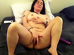 Hot Greek Wife Spreads And Cums For You